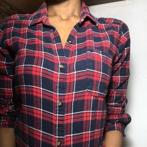Red/Navy Warm Womens Flannel Size Small Hollister
